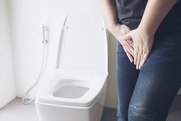 salah-satu-gejala-batu-ginjal-adalah-buang-air-kecil-lebih-cepat-atau-lebih-sering