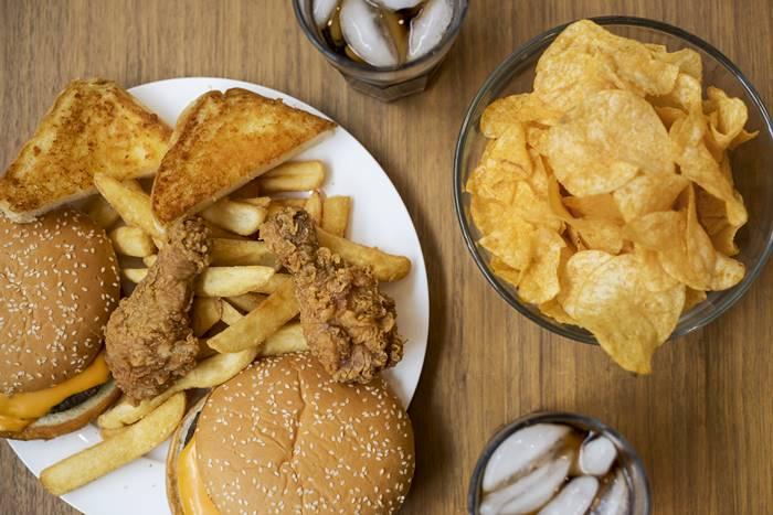 contoh-makanan-mengandung-lemak-jenuh-dan-trans