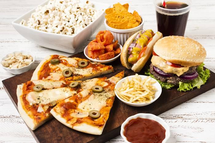 kurangi-junk-food-untuk-kesehatan-tubuh