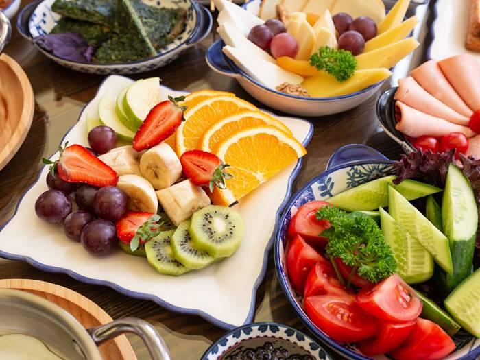 makan-buah-dan-sayur-untuk-mengatasi-kecanduan-rokok