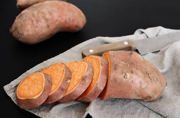 15-makanan-untuk-meningkatkan-sistem-kekebalan-tubuh-review-reishi-ubi-jalar
